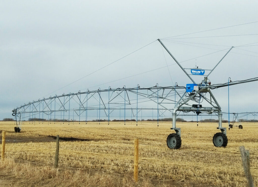 Valley Center Pivot for Western Water Management, Outlook, SK