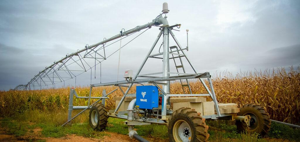 Valley Irrigation Universal Linear